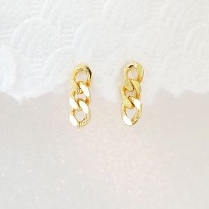 Small golden link chain earrings